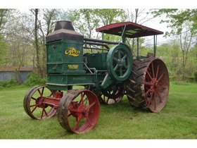 Fiscus Oil Pull and Early Tractor Collection featured photo 2