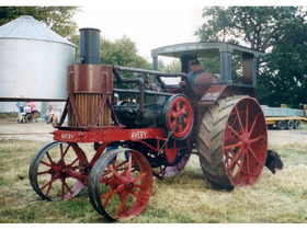 Stennerson Early Tractors and Traction Engine Collection featured photo 2