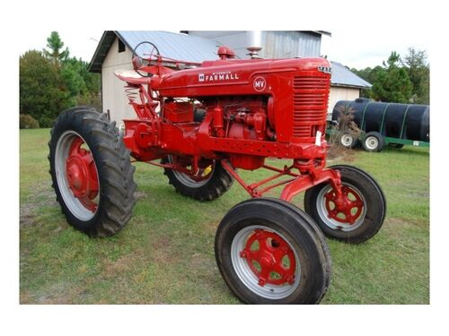 Dwight Purvis International Harvester Online Only Auction featured photo