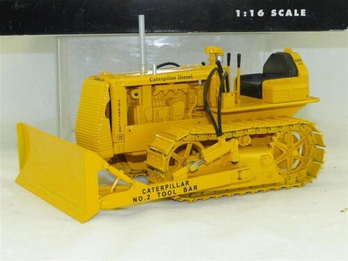 Gene Manfred's Construction Toys Online Only Auction featured photo