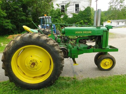 Robert Hetrick Estate Online Only Tractor Auction featured photo