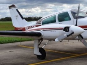 CESSNA 310 R AIRPLANE featured photo 12