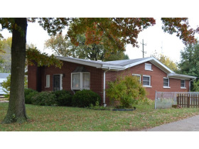 3 BEDROOM BRICK HOME featured photo 1