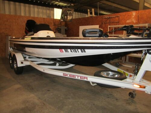 2009 SX 200 Skeeter Bass Boat  - Online Only Bankruptcy Auction featured photo