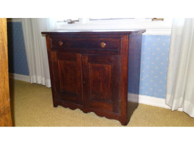Online Estate Auction With Furniture, Collectibles, Glass & More At 1109 W. Stewart Rd., Columbia, MO featured photo 5