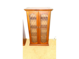 Online Estate Auction With Furniture, Collectibles, Glass & More At 1109 W. Stewart Rd., Columbia, MO featured photo 9
