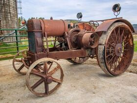 Centonze Antique Tractor Collection featured photo 7