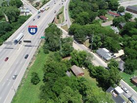 """ONLINE AUCTION featuring """"Handyman Special"""" Incredible Opportunity! 1 Bedroom, 1 Bath Home in Nashville featured photo 9"""