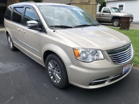 2013 Chrysler Town & Country Mini Van Touring- L, Loaded featured photo 1