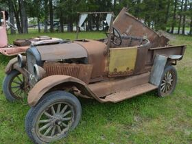 The Ted Spoelstra Collection - Project Tractors and Vehicles featured photo 8