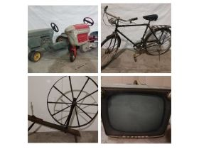 DECEMBER COLLECTABLES/ANTIQUES AND FURNITURE featured photo 1