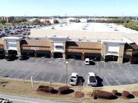 AUCTION: Multi-Tenant Commercial Property in Murfreesboro - Zoned CH - 17,600+/- SF - Fully Leased! featured photo 6
