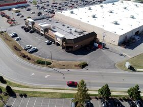 AUCTION: Multi-Tenant Commercial Property in Murfreesboro - Zoned CH - 17,600+/- SF - Fully Leased! featured photo 9