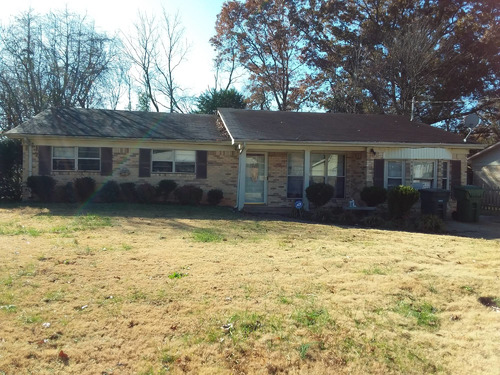 3-Bedroom Brick House - South Huntsville featured photo