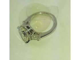 DIAMOND RING AUCTION - ONLINE ONLY featured photo 8