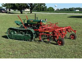 Devling Tractor and Antiques Collection - Day 2 featured photo 1