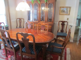 Dining room furniture by Williams Furniture