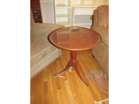 Duncan Phyfe style occasional table