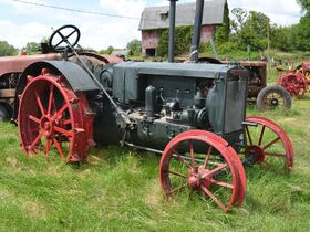 Jerry Everitt Tractorland 65 Year Tractor Collection - Day One - Tractors featured photo 10