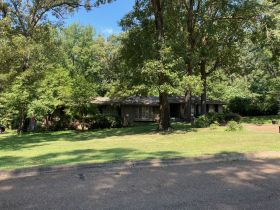 SOLD!! 854 Avenue of Pines Street, Grenada, MS featured photo 2