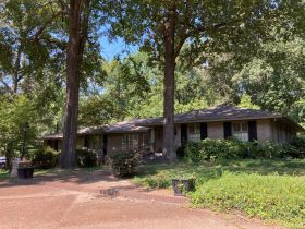 SOLD!! 854 Avenue of Pines Street, Grenada, MS featured photo 1
