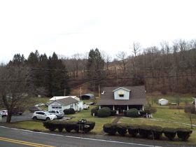 Harrison County Home on 16.27 Acres featured photo 1