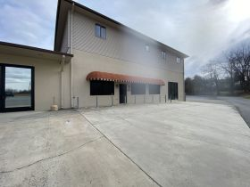 Prime Commercial Property - Volunteer Parkway, Bristol, TN featured photo 10