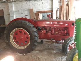 Antique Tractor & Coin-Op Auction featured photo 1