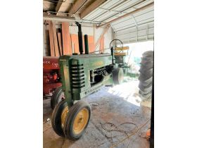 Antique Tractor & Coin-Op Auction featured photo 2