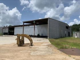 UNDER CONTRACT!  1005 W Broad Street, Monticello, MS featured photo 5