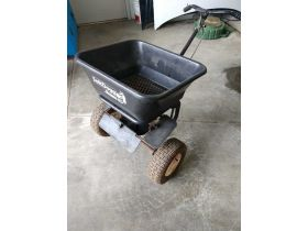 Lawn and Garden Equipment 20-0705.ol featured photo 7