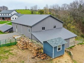 Beautiful Home & Barn on 6.887 Acres featured photo 10