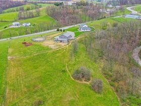 Beautiful Home & Barn on 6.887 Acres featured photo 12