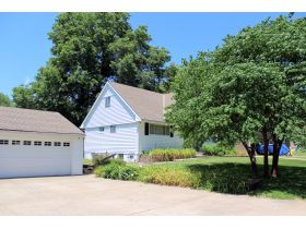 Wonderful 4-5 Bedroom Home On 3 Lots In Belton featured photo 12