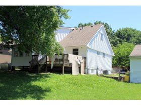 Wonderful 4-5 Bedroom Home On 3 Lots In Belton featured photo 4