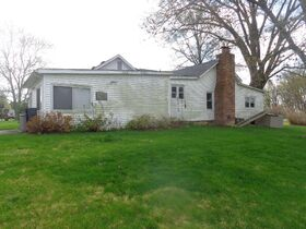 1323 East Wantland Dr. Taylorville, IL featured photo 5