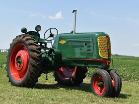 Higginbotham Oliver Tractor Collection featured photo 12