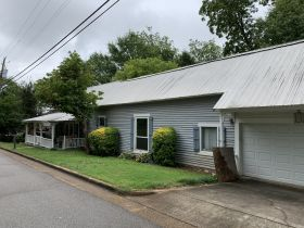 Historic Oxford Home - 220 East Oak Street - Close to Historic Square featured photo 3