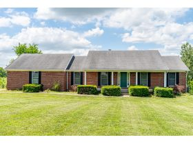 BRICK HOME ON 2 ACRES, GREAT LOCATION  BROOKS ESTATE featured photo 3
