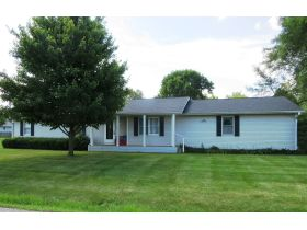 Move-In Ready, One Level Home Will Sell To High Bidder, 504 E. Southgate St., Centralia, MO featured photo 3
