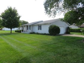Move-In Ready, One Level Home Will Sell To High Bidder, 504 E. Southgate St., Centralia, MO featured photo 4