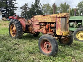 Hayes Vintage Tractor Collection Auction featured photo 9