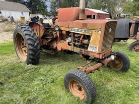 Hayes Vintage Tractor Collection Auction featured photo 11