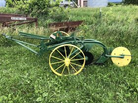 Jerry Everitt Tractorland 65 Year Tractor Collection - Day 2 Antiques and Collectibles featured photo 10