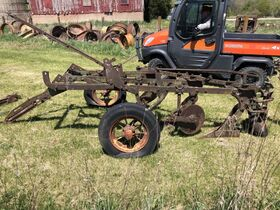 Jerry Everitt Tractorland 65 Year Tractor Collection - Day 2 Antiques and Collectibles featured photo 7
