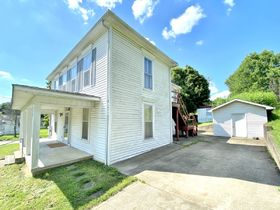 Marengo Absolute Real Estate Online Only Auction featured photo 8