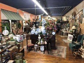 Day 2- Antiques, Furniture, Store Displays and Much More! featured photo 1