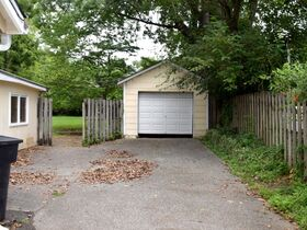 ONLINE ESTATE AUCTION Selling Absolute featuring Single Family 3 BR, 2 BA Home at 1019 E. Bell St featured photo 6