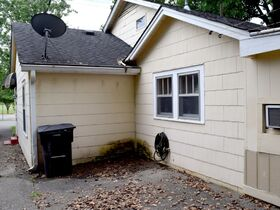 ONLINE ESTATE AUCTION Selling Absolute featuring Single Family 3 BR, 2 BA Home at 1019 E. Bell St featured photo 8