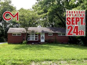 ONLINE ESTATE AUCTION Selling Absolute featuring 3 BR, 1 BA Brick Home at 1022 Olympia Pl featured photo 1